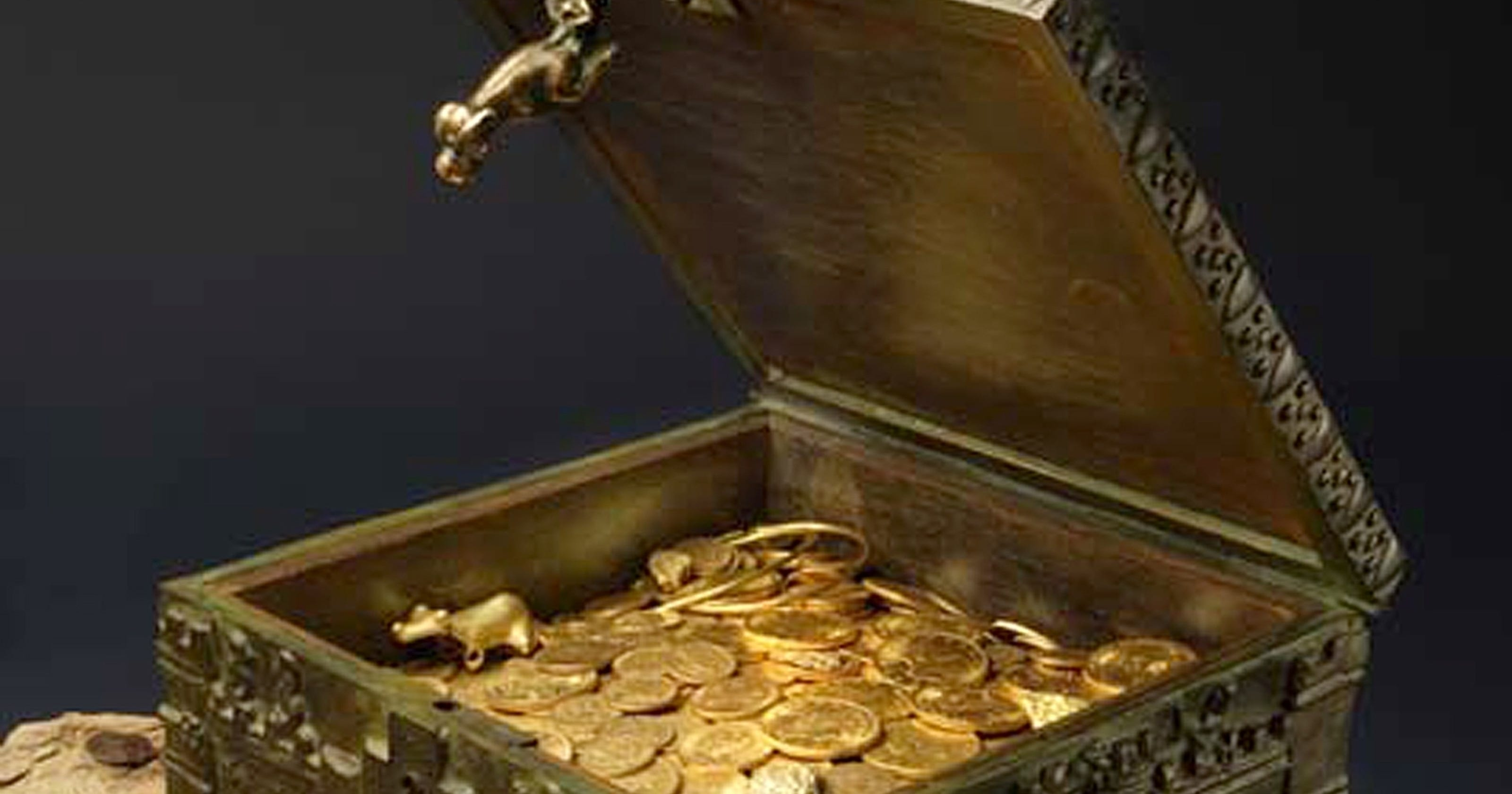 Treasure hunt for quirky trader's gold goes on