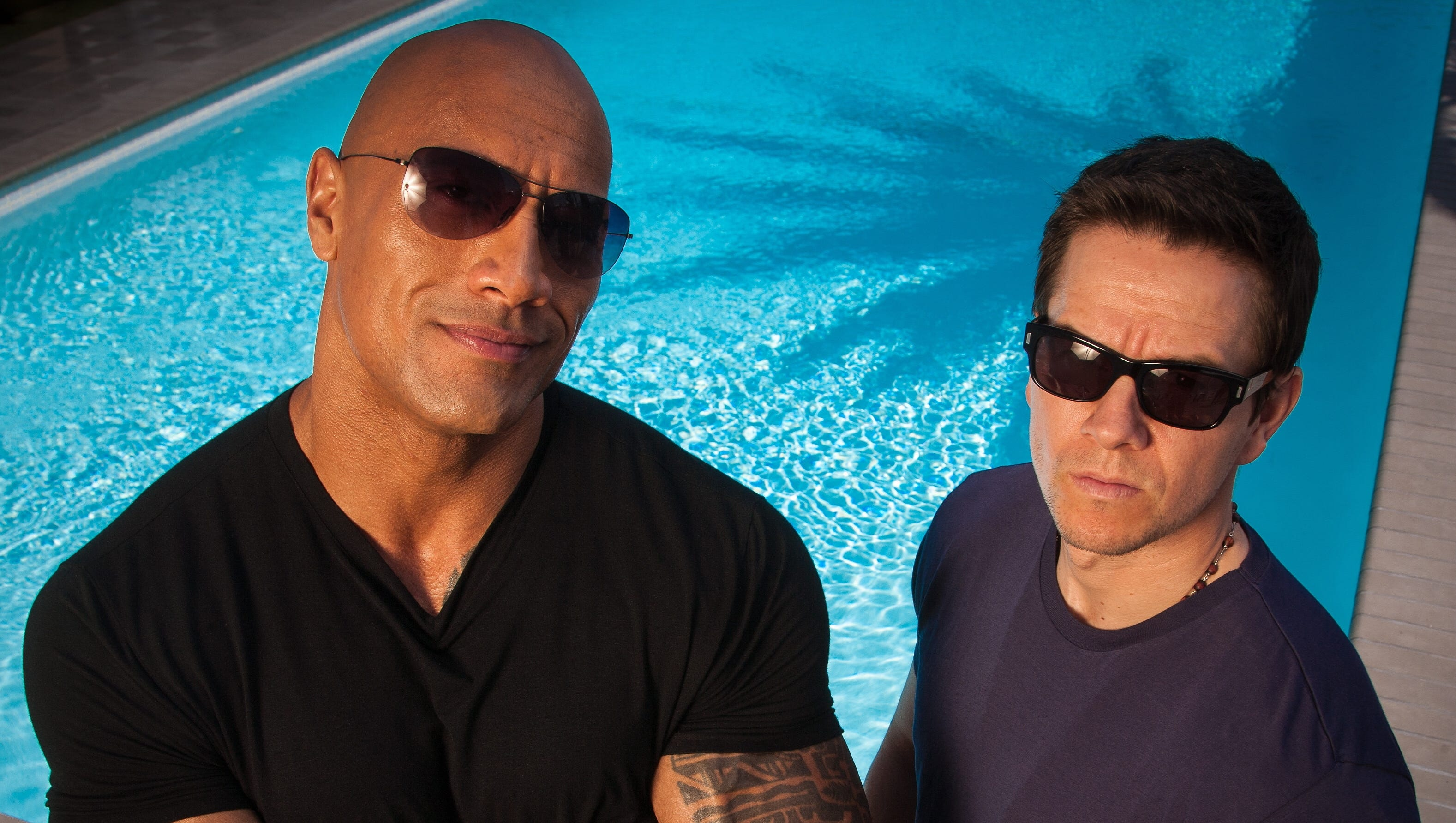 Dwayne Johnson Mark Wahlberg Pumped For Pain Gain