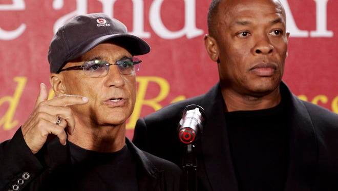 Jimmy Iovine of Universal Music Group, left, and hip-hop mogul Dr. Dre. have joined forces to create an arts and business academy for students at USC.
