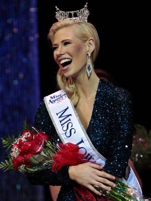 Nicole Kelly is crowned Miss Iowa on June 8 in Davenport, Iowa.
