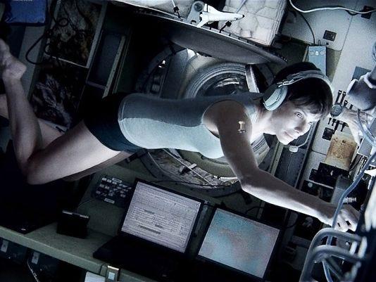 'Gravity' Sneak Peek