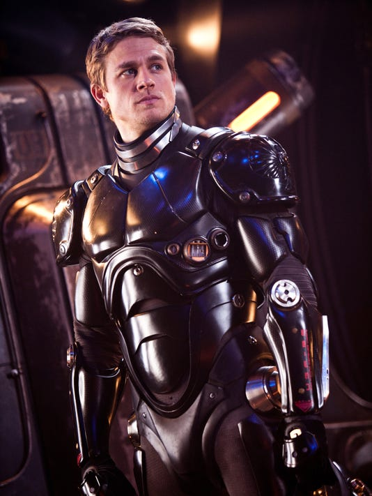 Charlie Hunnam brings swagger to world of 'Pacific Rim'