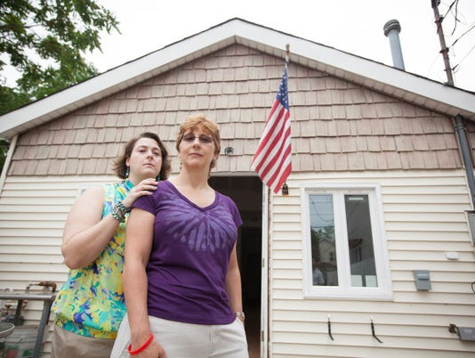 Sandy victims say Red Cross leaves them in the lurch