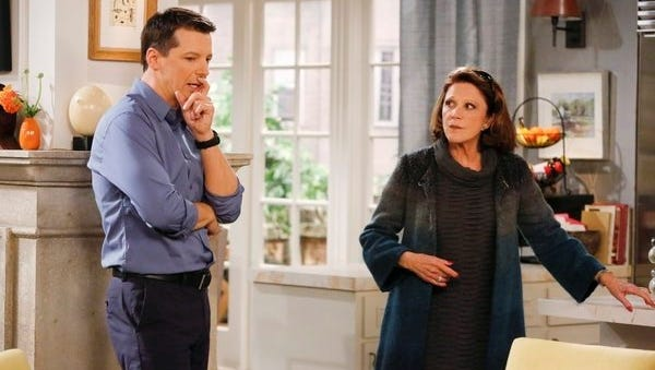 Sean Hayes is back on NBC as a single dad; 'Alice' star Linda Lavin plays his mom.