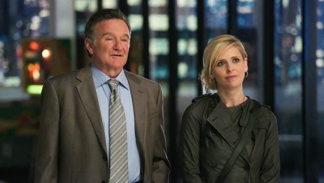 Robin Williams and Sarah Michelle Gellar are a father-daughter advertising team in CBS' The Crazy Ones.'