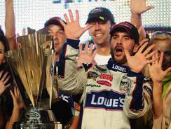 Jimmie Johnson shows five fingers, signifying his fifth championship, in 2010. He entered that year's Chase with the 10th-best average finish in the previous five races out of 12 drivers.