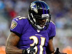 Baltimore Ravens safety Bernard Pollard says it's time the lockout of the rgular NFL officials ends.