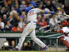 Matt Kemp homers in the ninth inning of the second game of Wednesday's doubleheader against the Nationals to give the Dodgers a 7-6 lead that would hold.
