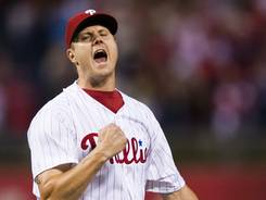 Phillies closer Jonathan Papelbon seals a 6-2 win Friday against the Braves.
