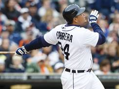 Tigers third baseman Miguel Cabrera hits his 42nd home run Saturday against the Twins.