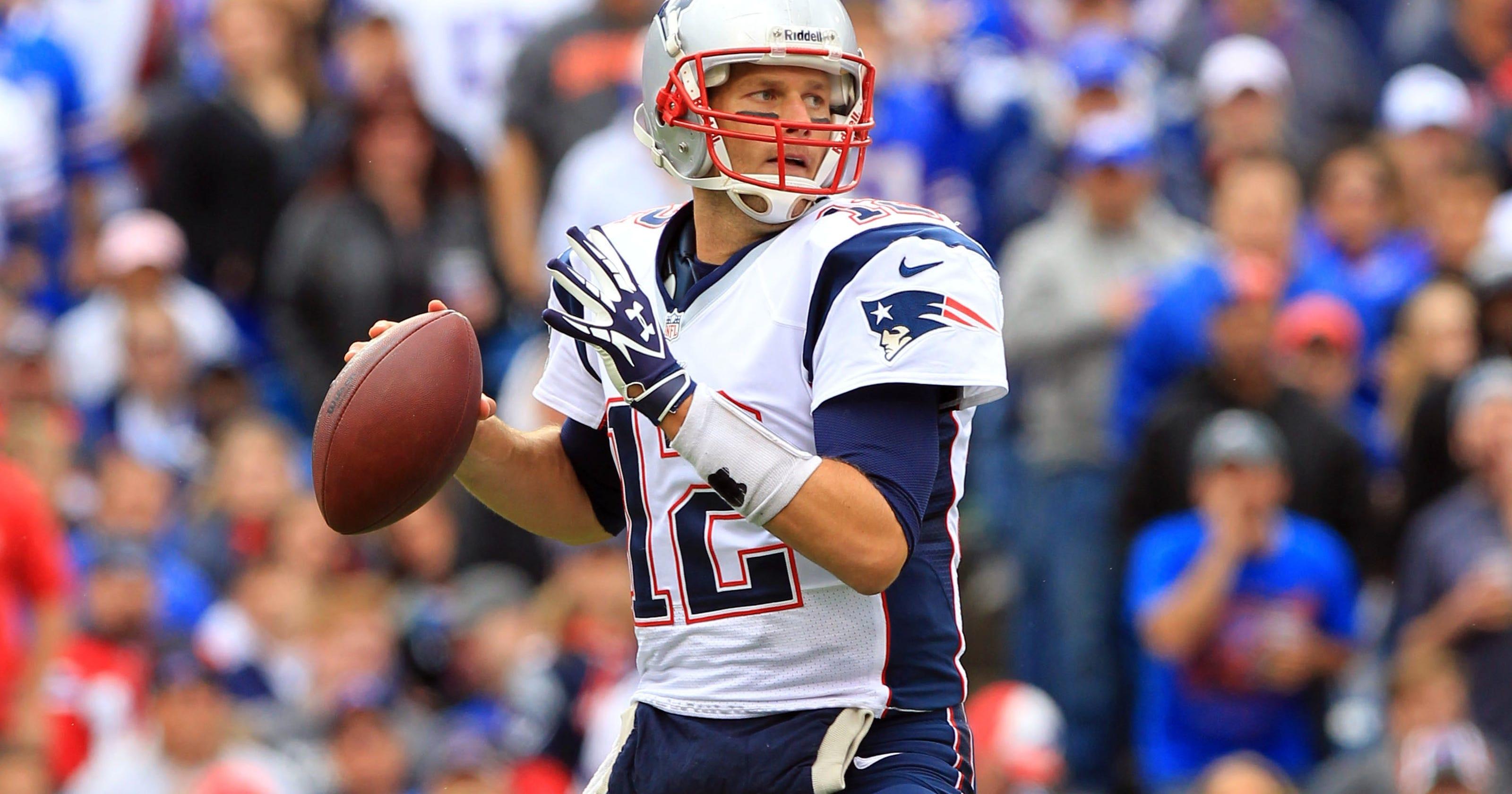 Tom Brady leads New England comeback against Buffalo b3f0b7966