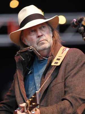 Neil Young's memoir, 'Waging Heavy Peace,' is No. 33 on this week's best-selling books list.
