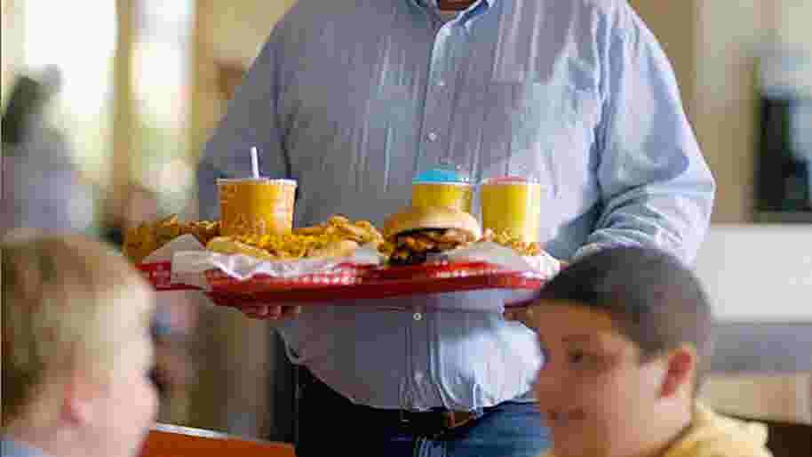 Blue Cross Blue Shield: Overeating ad