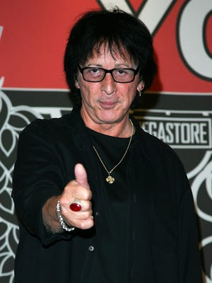 Peter Criss, pictured in 2007, announced that he beat breast cancer in 2009.