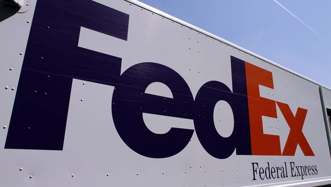 A FedEx delivery truck at the Illinois State Capitol in Springfield, Ill.