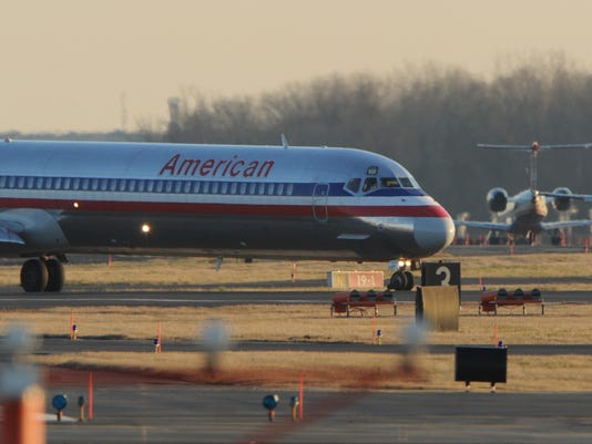 american airlines jet taxis