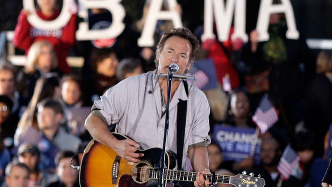 Bruce Springsteen performs at a rally for Barack Obama in Cleveland on Nov. 2, 2008.