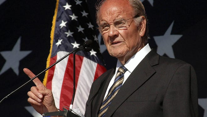 George McGovern speaks at the dedication of the George and Eleanor McGovern Library on Oct. 7, 2006, in Mitchell, S.D.