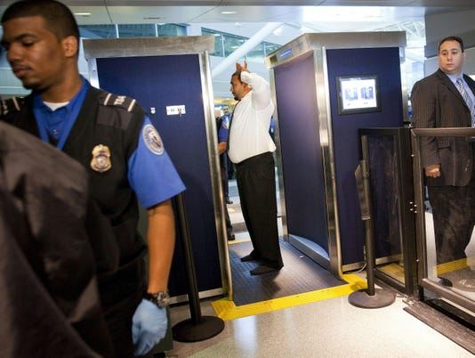 Airport body scanners pass company's radiation tests