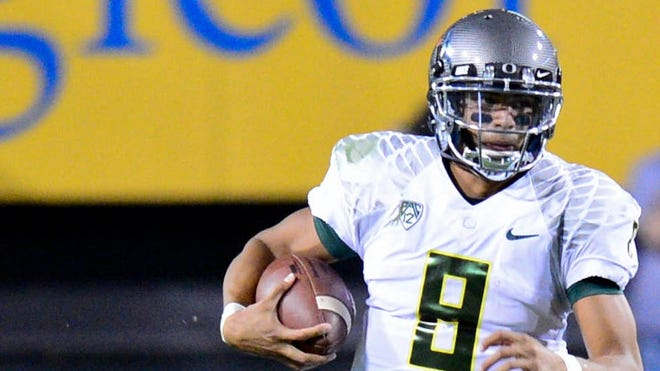 Oregon quarterback Marcus Mariota's 86-yard touchdown run was one of the most dynamic plays Thursday night in the No. 2 Ducks' 43-21 victory over Arizona State.