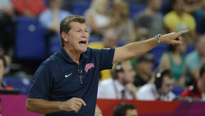 US Olympic basketball coach Geno Auriemma thinks lowering the rims in the women's game will make it more watchable.