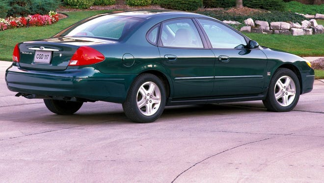 The 2000 to 2003 Ford Taurus models are being probed for stuck throttles. This is a 2000 model.