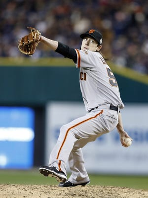 Game 3: San Francisco Giants pitcher Tim Lincecum throws during the sixth inning.