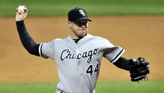 Starting pitcher Jake Peavy reached a two-year, $29-million contract with the Chicago White Sox on Tuesday.