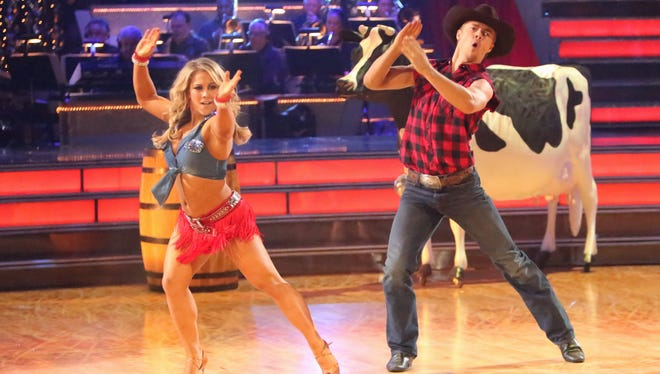 Shawn Johnson and Derek Hough go country on Monday's 'Dancing With the Stars.'