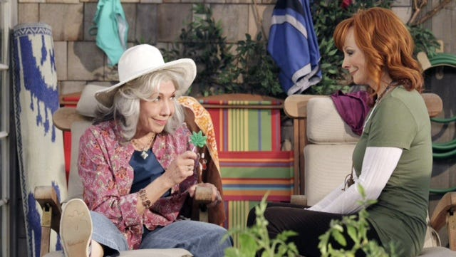 Lily Tomlin, left, and Reba McEntire are mother and daughter on ABC's 'Malibu Country.'