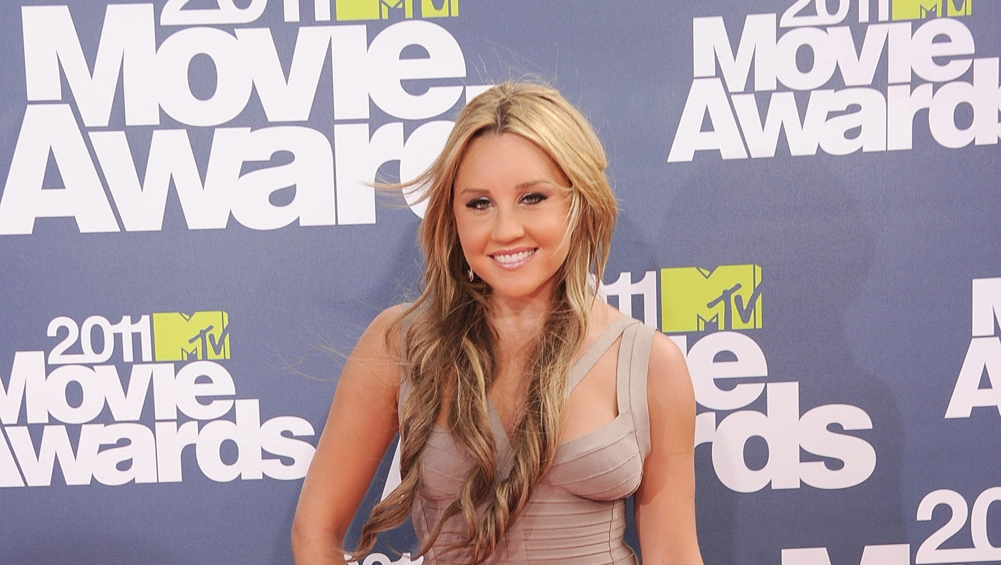 Amanda Bynes Naked Pics amanda bynes: not naked, not troubled, but very rich
