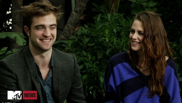 Robert Pattinson and Kristen Stewart chat with MTV.