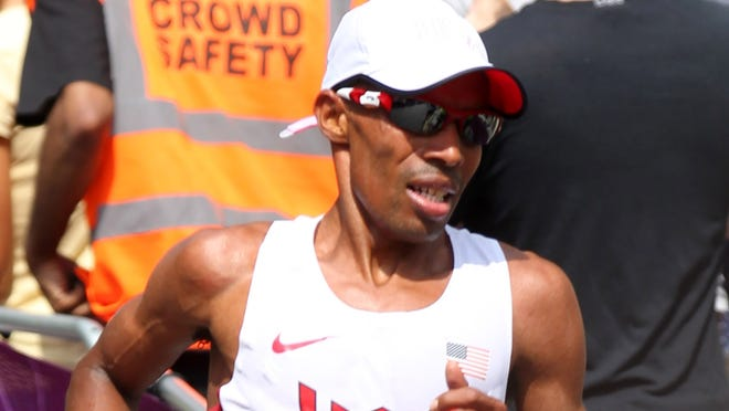 American Meb Keflezighi, here placing fourth in the London Olympics marathon, said Saturday he supports the decision to cancel the New York Marathon because of damage from Sandy.
