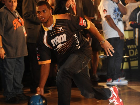 pro bowlers tour hopes to strike with eight team format