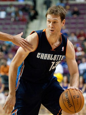 Matt Carroll didn't make the Bobcats' rotation, but he should provide help for the Hornets with Eric Gordon out.
