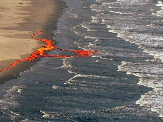 BP oil boom barrier