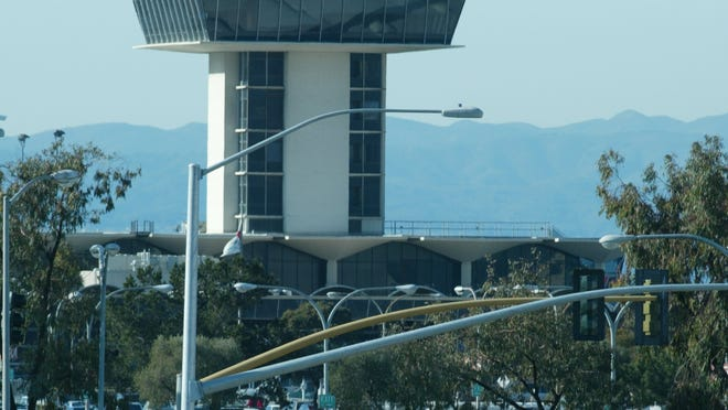 The main control tower over Terminal 1 at the Oakland International Airport.