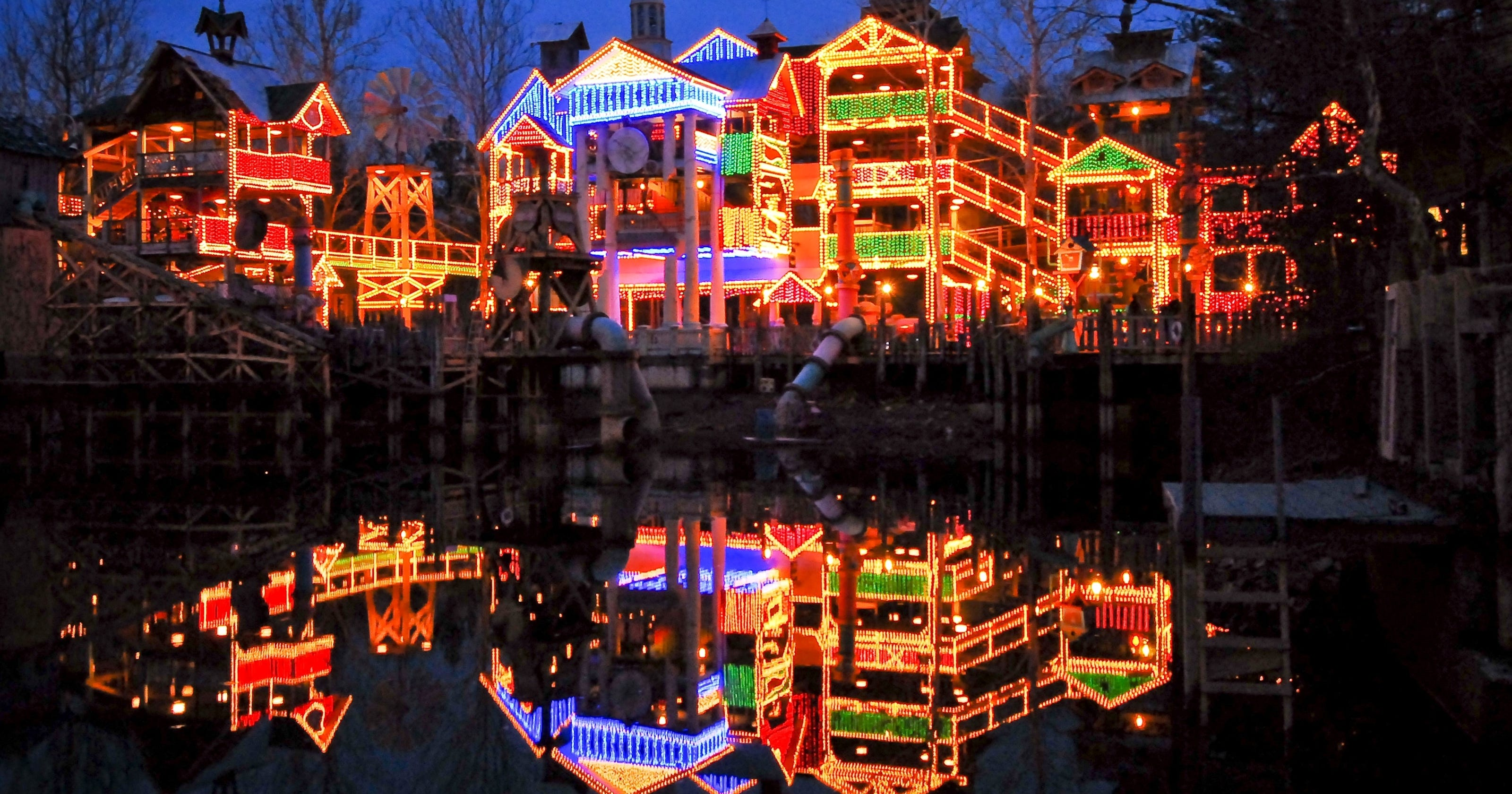 Silver Dollar City Christmas.10 Great Places To Put A Spin On The Christmas Spirit
