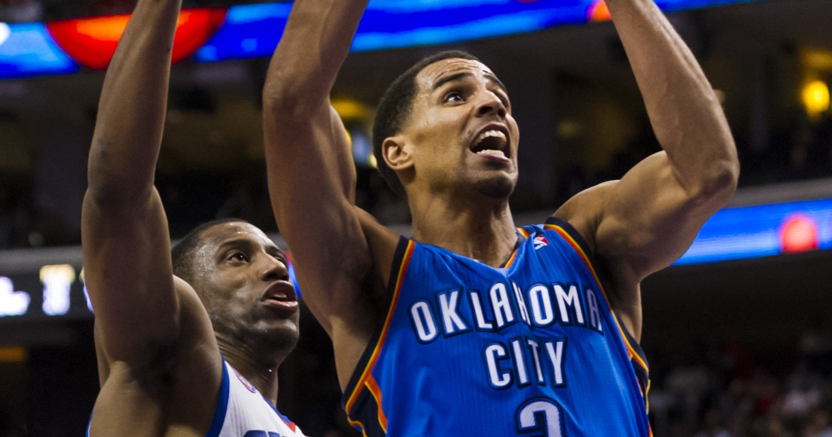 9fa891951bb Kevin Durant drops 37 as Thunder beat Sixers in overtime