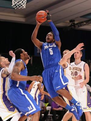 Memphis forward Shaq Goodwin drives to the basket Saturday against Northern Iowa.