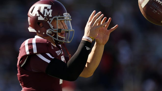 In a meeting with media Tuesday, Texas A&M redshirt freshman quarterback and Heisman trophy candidate Johnny Manziel spoke publicly about his offseason arrest for the first time.