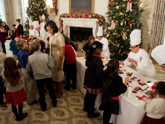 Michelle Obama Unveils White House Holiday Decorations