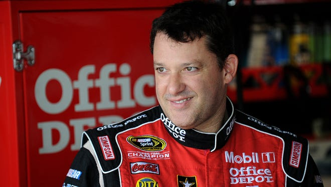 Three-time Sprint Cup champion Tony Stewart will host a Truck series race at his Eldora Speedway dirt track in 2013.