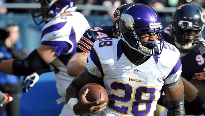 Even though he was late to the stadium, Adrian Peterson still had a 100-yard rushing day against the Bears in Week 12.