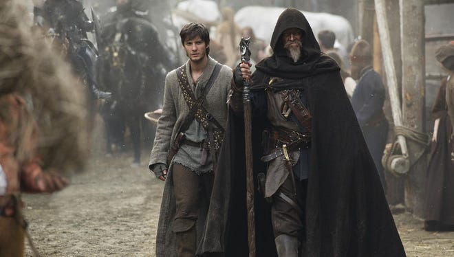 Tom Ward (Ben Barnes, left) is an apprentice to Master Gregory (Jeff Bridges), a knight with mysterious powers.