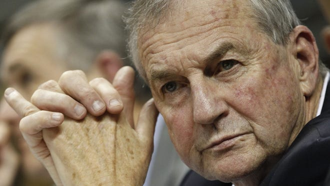 Former Connecticut Huskies head coach Jim Calhoun revealed that he had surgery in May to remove a cancerous growth from his lungs.