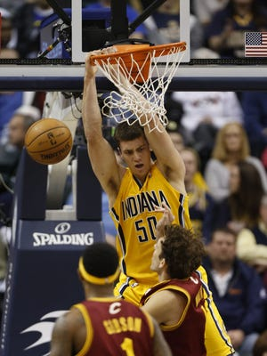Pacers forward Tyler Hansbrough dunks during Wednesday's 96-81 win vs. the Cavaliers.
