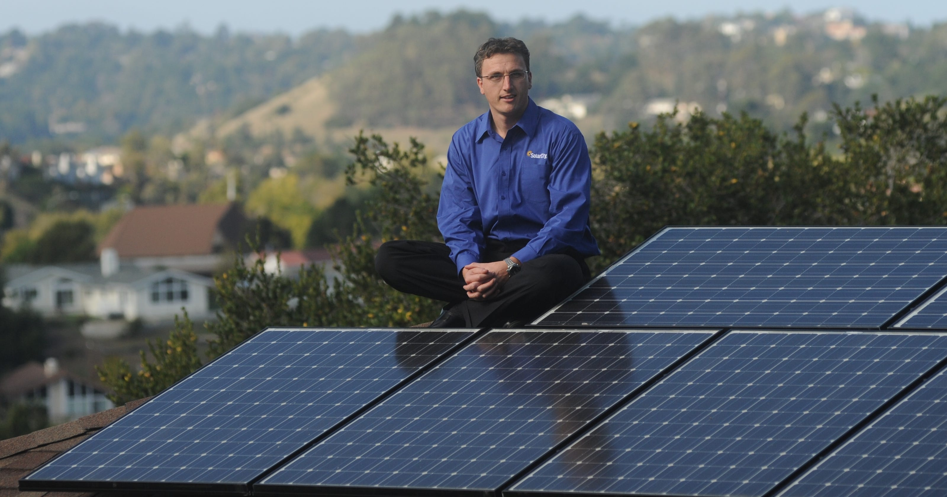 Elon Musk Backed Solarcity Shines Ipo Leaps 47