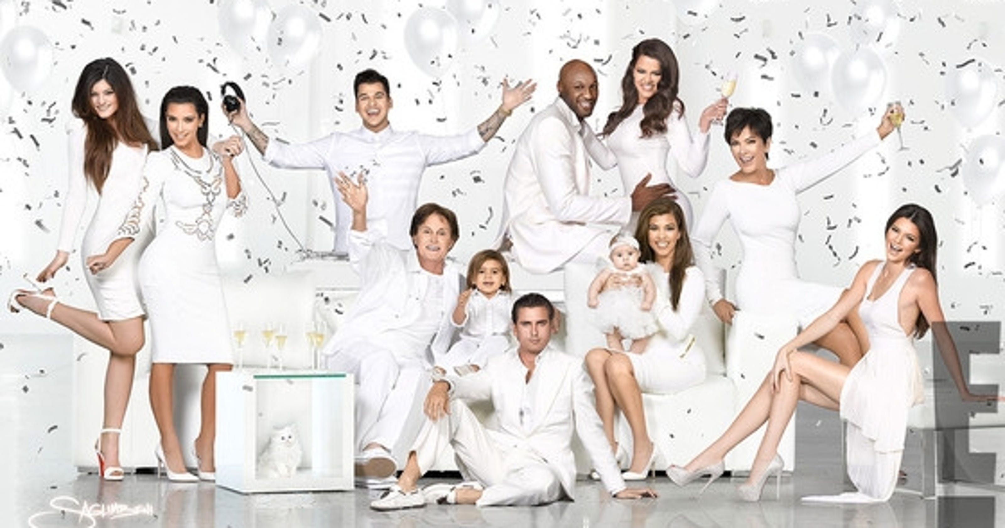 Kim Unveils All White Kardashian Family Christmas Card 2012