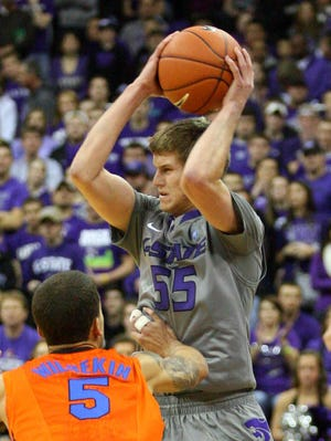 Will Spradling had 16 points and five assists to lead Kansas State's upset of Florida.